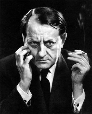 Malraux le revenant philippe sollers pileface for Miroir des limbes